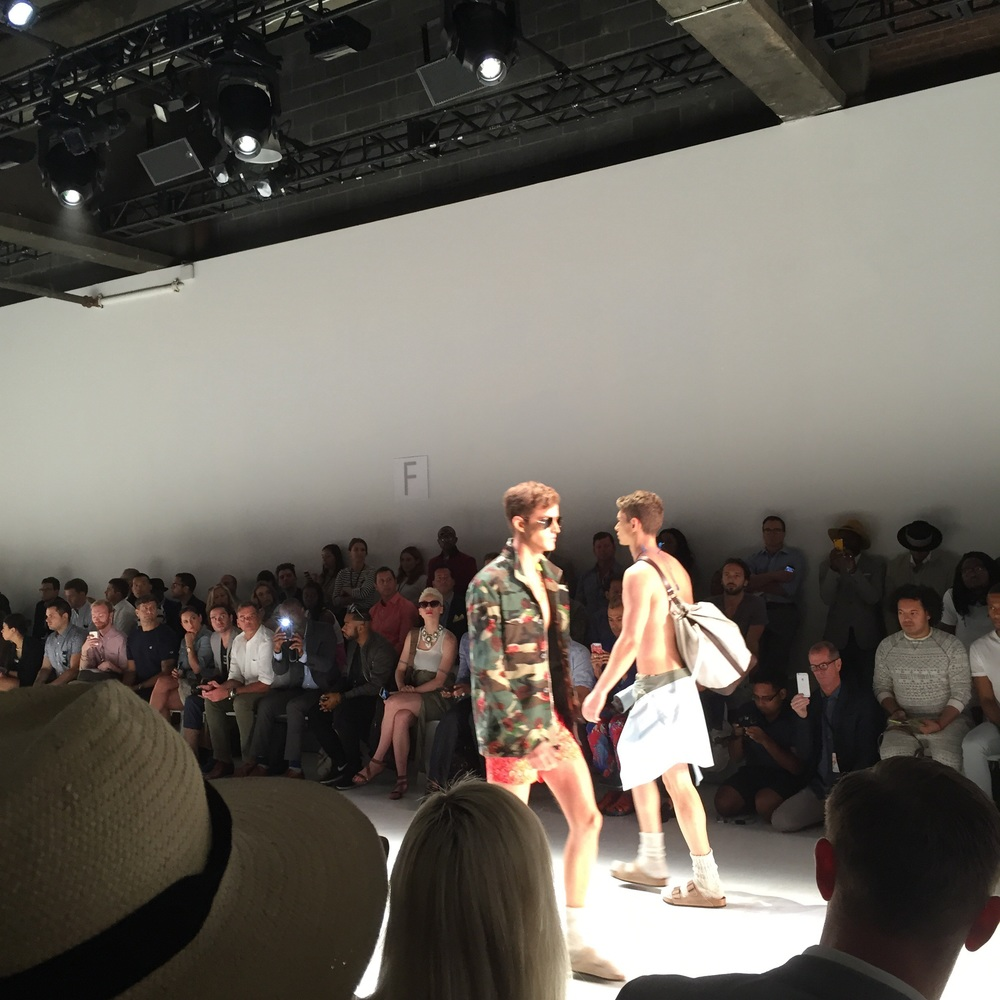 Parke and Ronen S/S 16 show displayed contemporary pieces that brought back 70s nostalgia with vibrant prints/patterns.