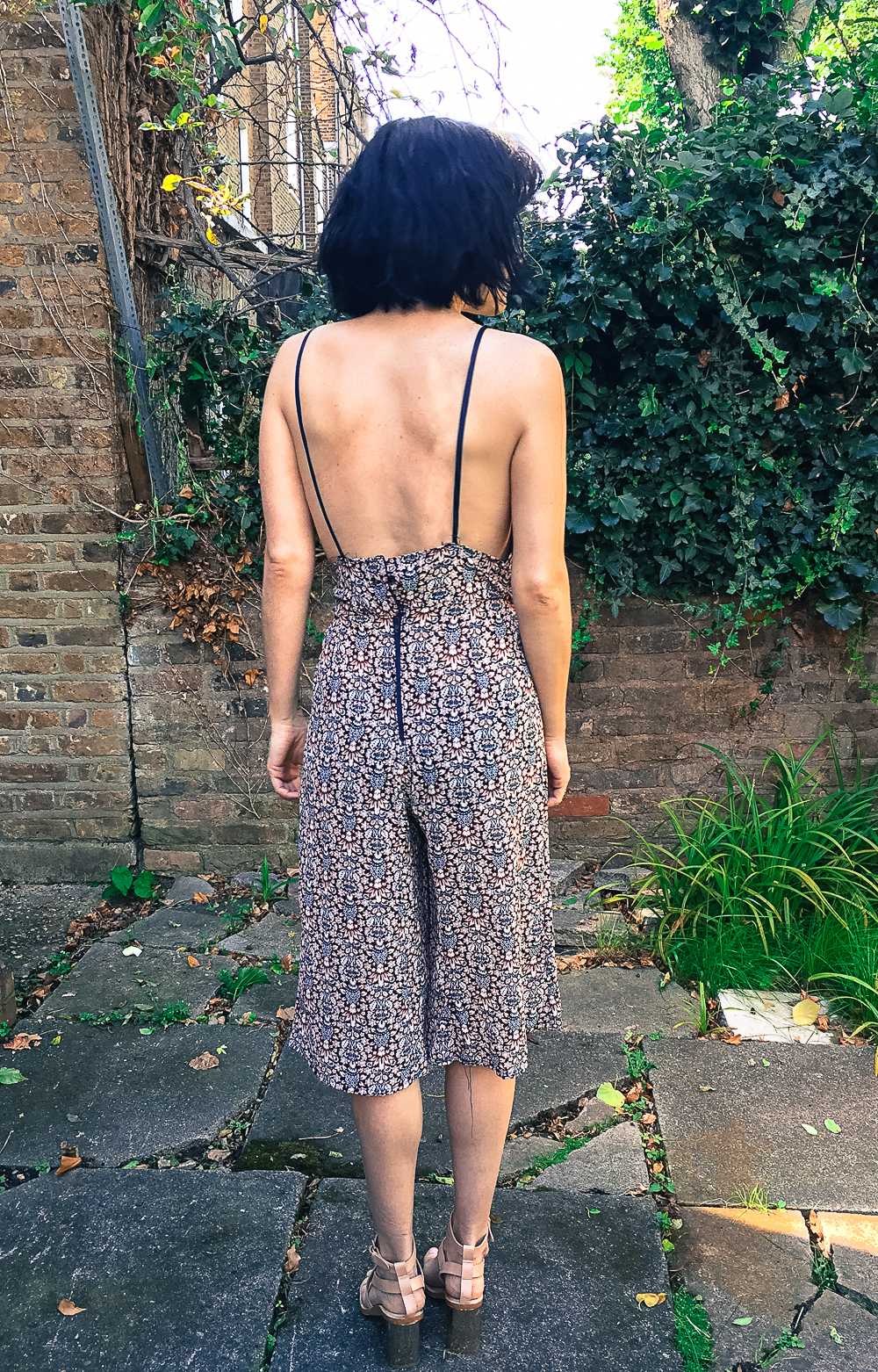 vic_and_lily_jumpsuit_diy7