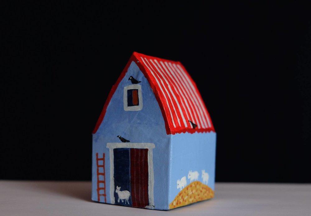 "Carol Mangiagalli    ""The Barn of Sheep""  Painted Papier-Mâché 10,2cm high R370"