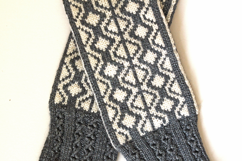 Divelish mittens by Rachel Coopey
