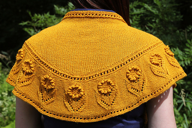 Summer Blooms Shawl by Amanda Clark (image copyright Amanda Clark)