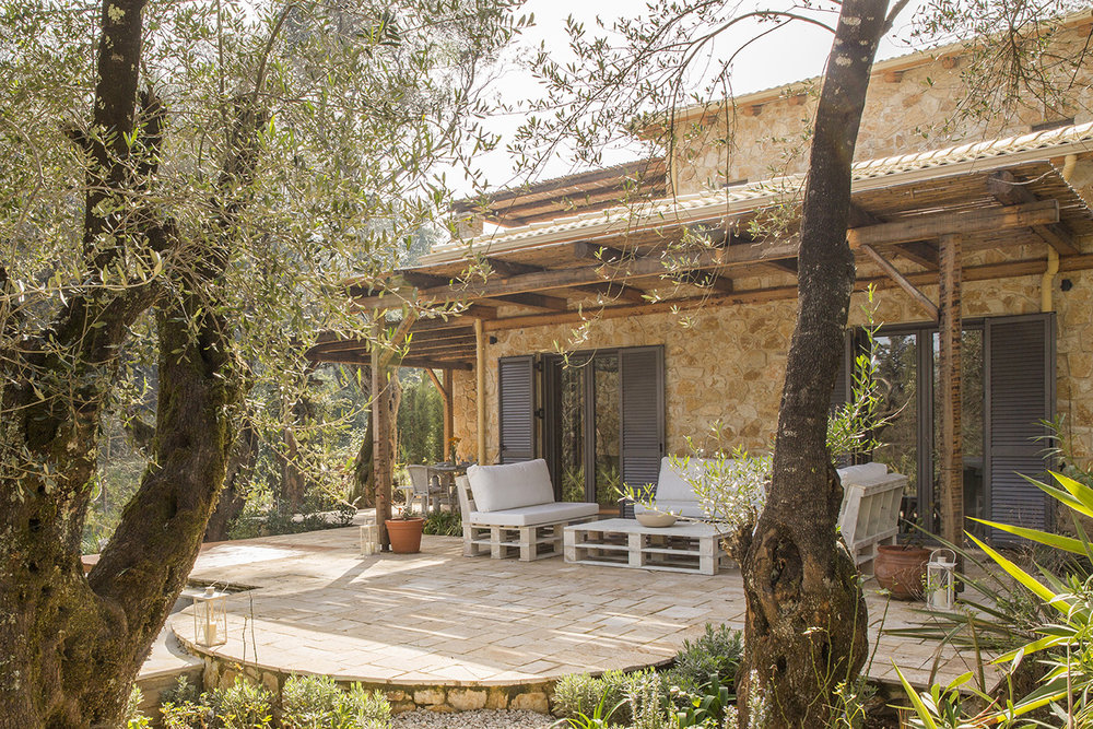 luxury-villa-for-sale-in-corfu.jpg