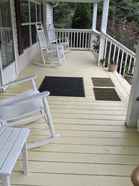Front Porch-1.jpg