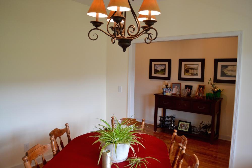 Dining Room-4.jpg