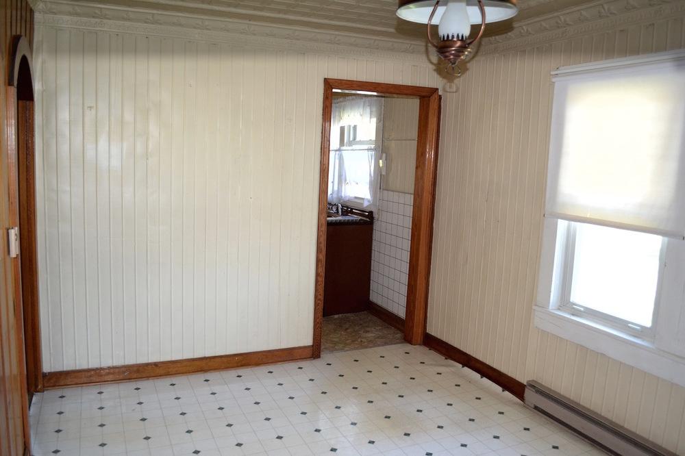 Dining Room-3.jpg