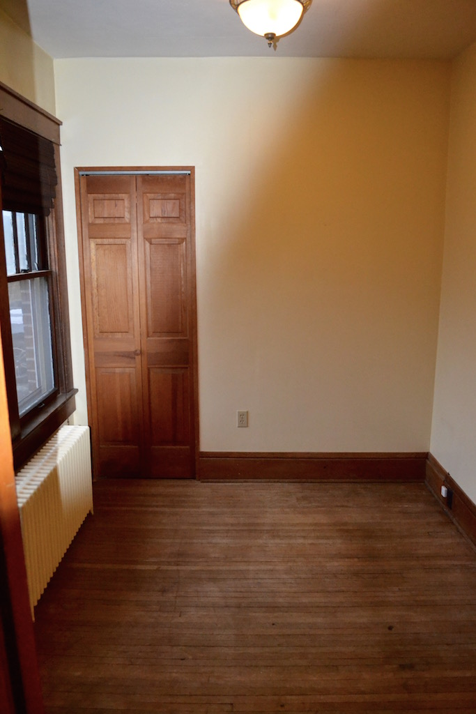 Downstairs Office:4th Bedroom.jpg