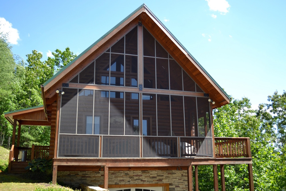 Exterior_Screened Porch.jpg