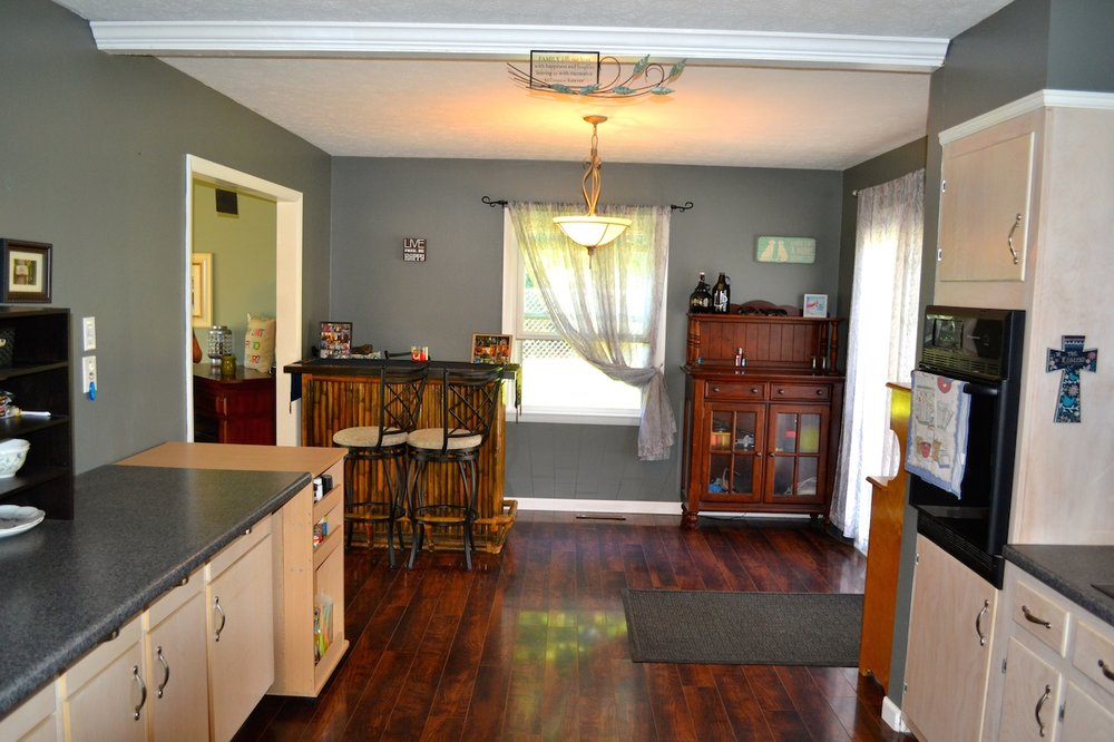 Kitchen to Dining Area.JPG