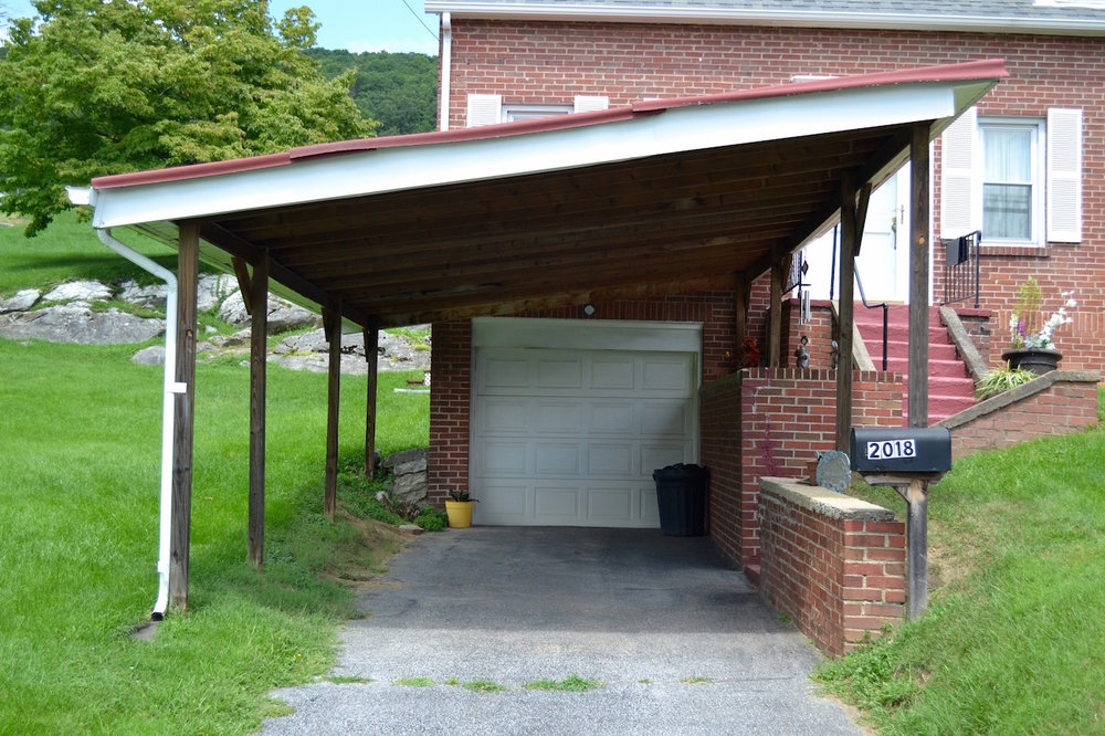 Exterior-Carport and Garage.jpg