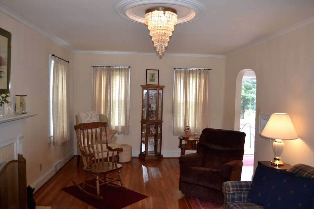 Living Room-3-Showing Chandelier.jpg