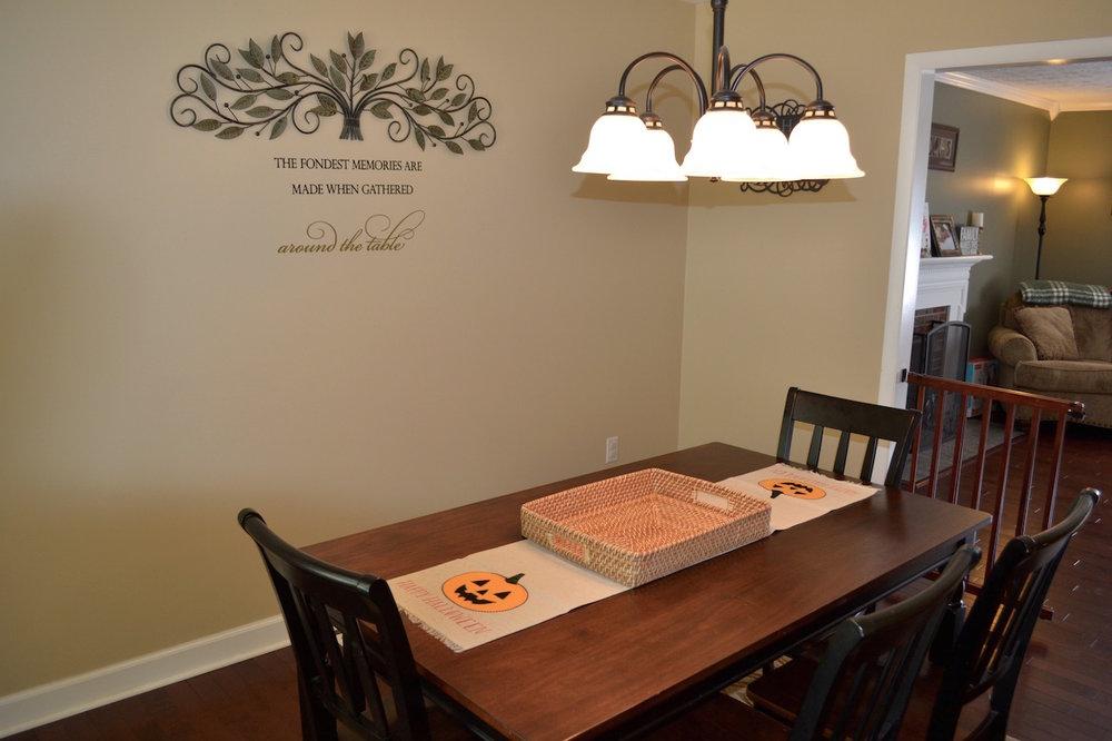 Dining Room-2.jpg