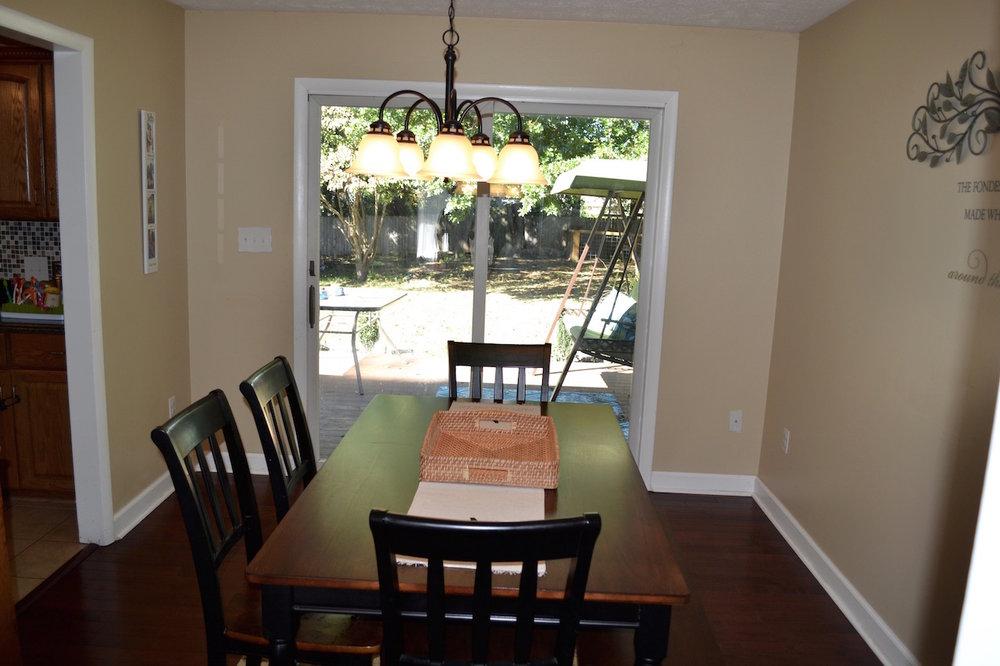 Dining Room-5.jpg