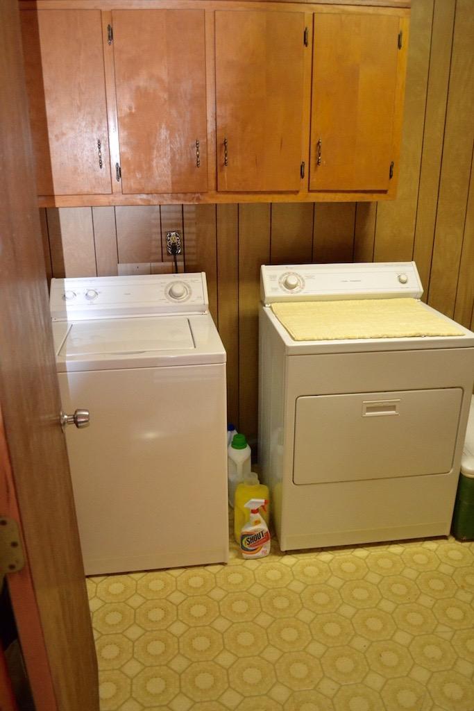 Laundry Room-1.jpg