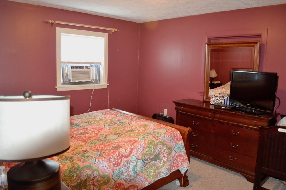 29-Upstairs-Master Bedroom.jpg