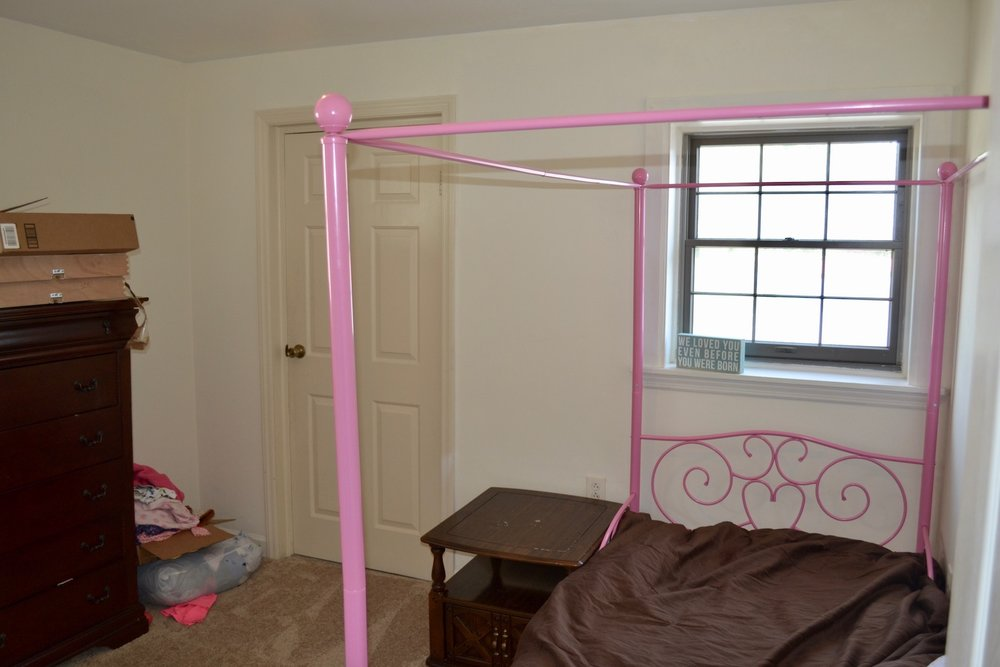 30-Upstairs-Bedroom 2.jpg