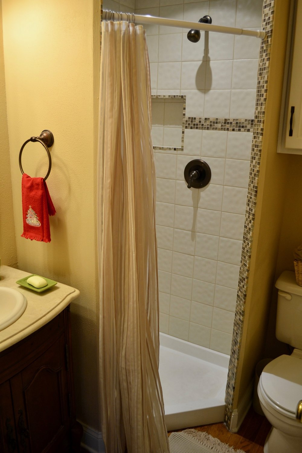 Bathroom 3-2.jpg