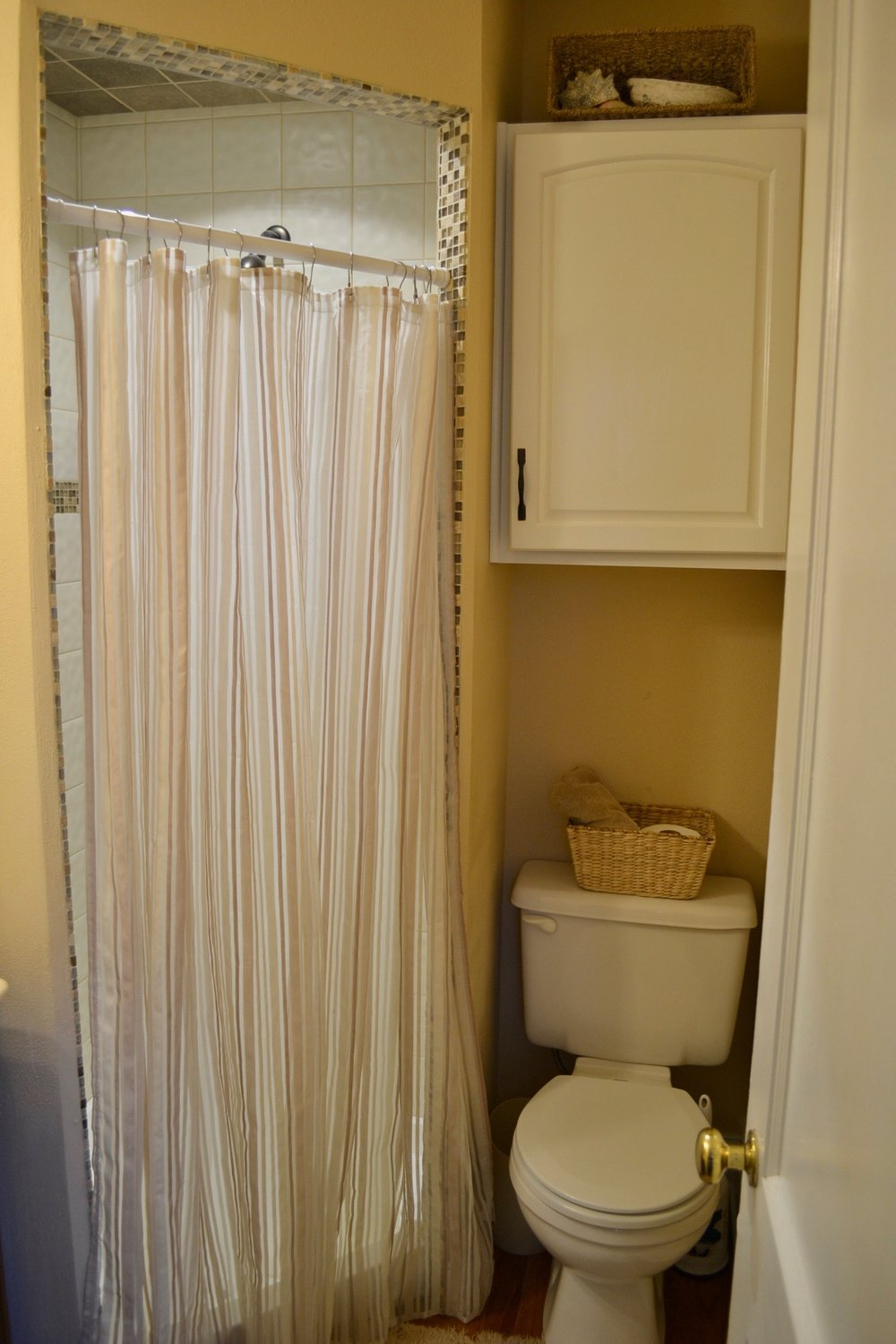 Bathroom 3-3.jpg