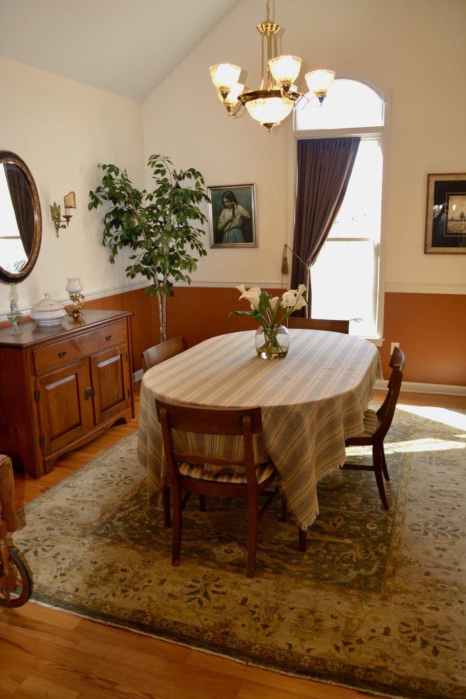 Dining Room-2.5.jpg