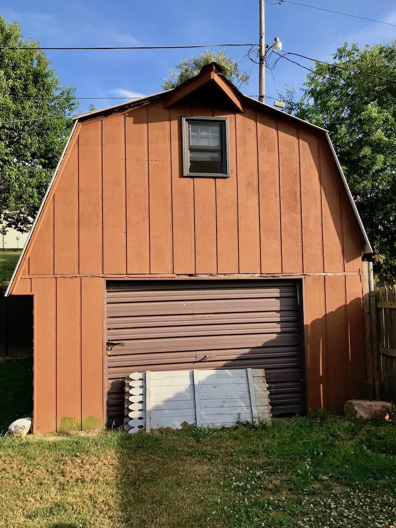 Exterior-Outbuilding.jpg