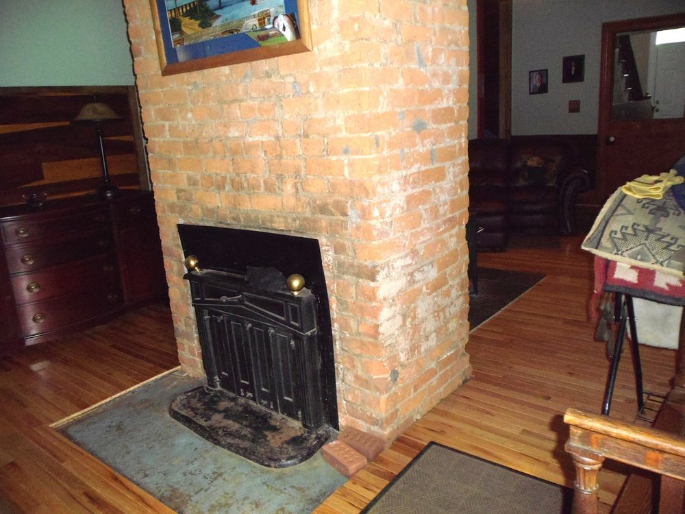 Fireplace & Chimney.JPG
