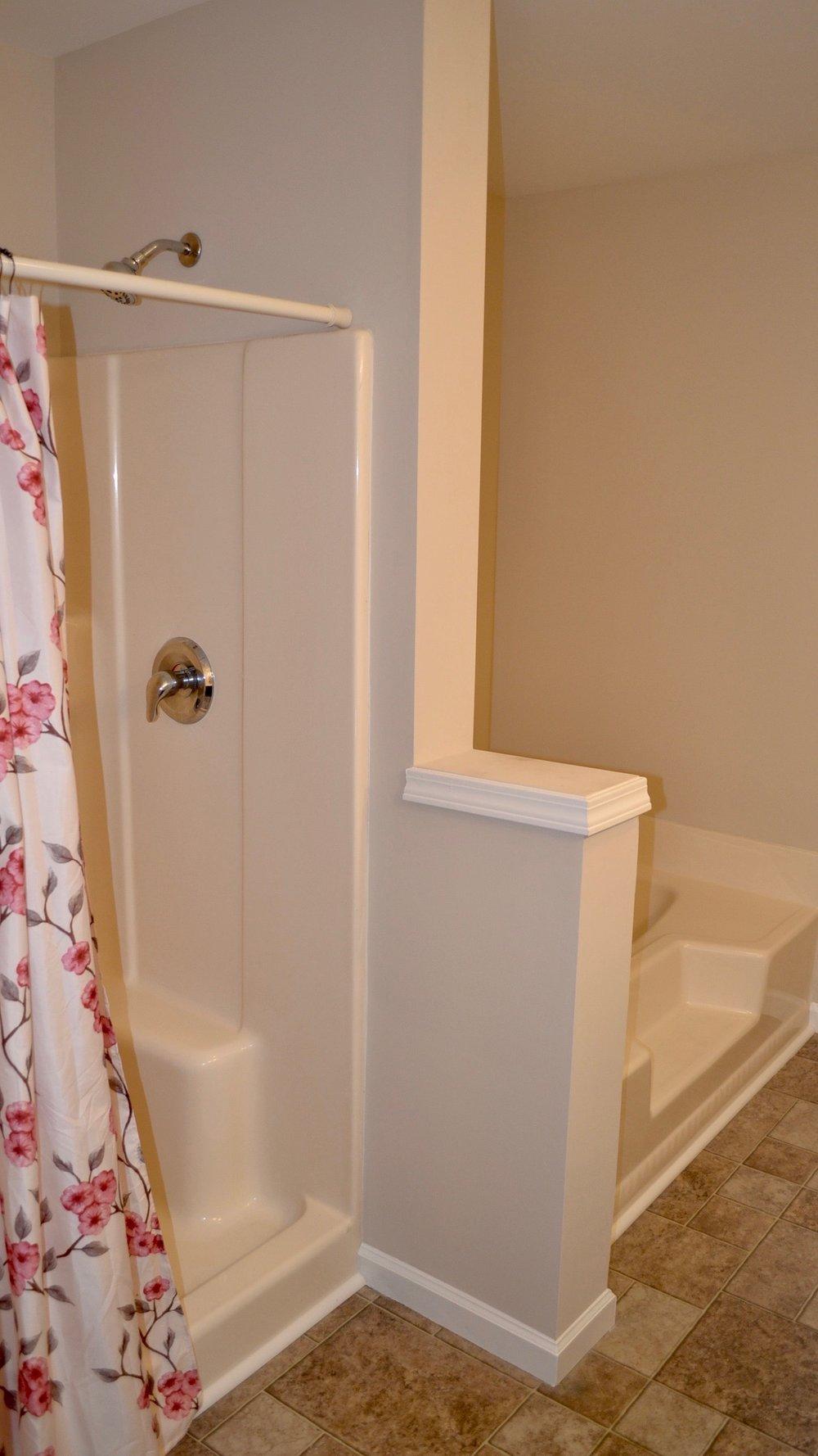 Master Bathroom-2.jpg