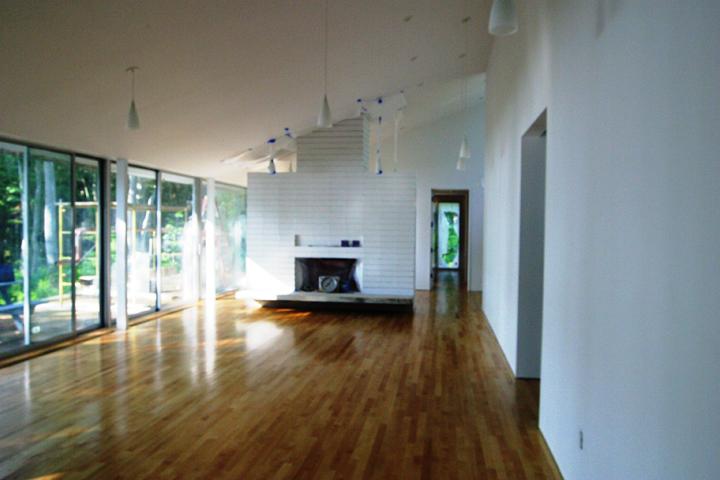 Conde-Interior2.jpg