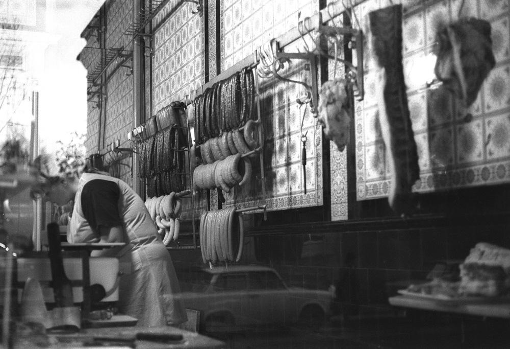 Sausage shop DDR.jpg