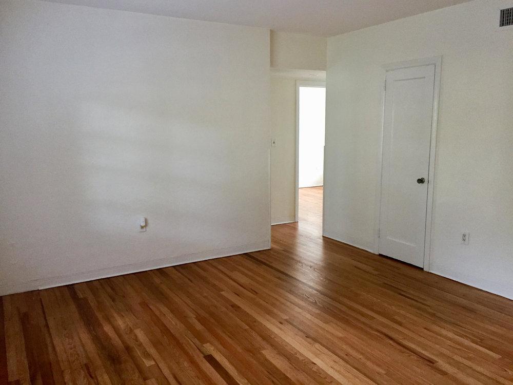 3Living Room 2.jpg