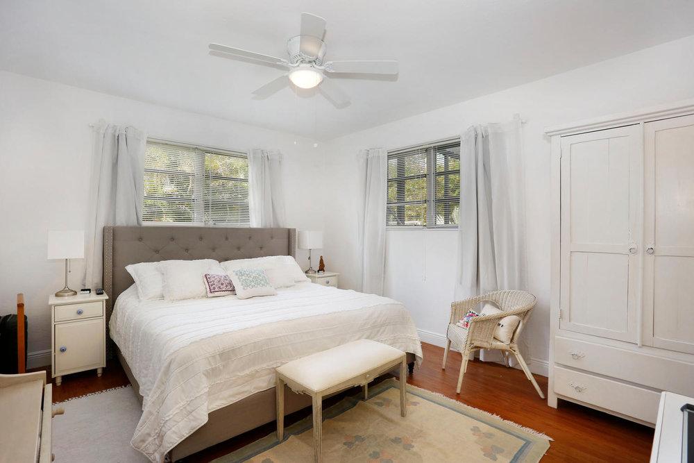 12900 SW 82nd Ct Miami FL-large-012-6-Master Bedroom-1500x1000-72dpi.jpg