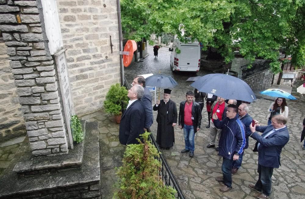 Κατάθεση στεφάνου στο Λέχοβο με τον Δήμαρχο Καλαβρύτων Γεώργιο Λαζουρά
