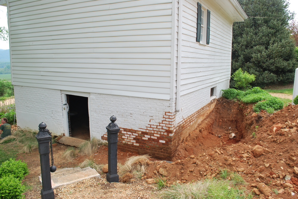 Excavation was done by J.D. Pippin , and Cochran's Stone Masonry did a beautiful job on the brickwork.