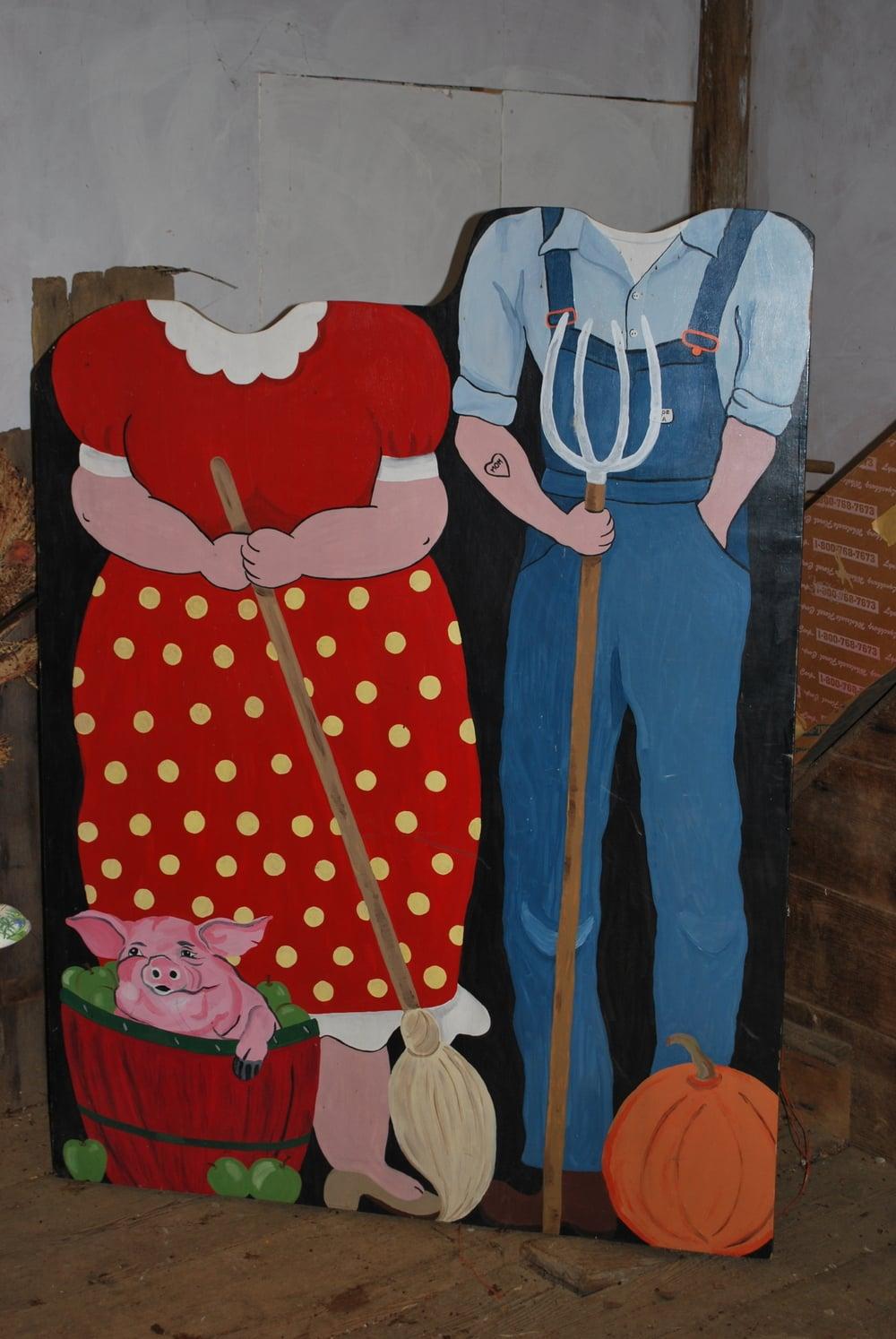 Farmer Couple Fun Board