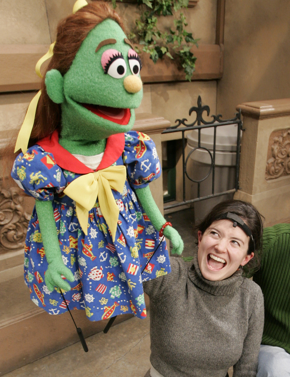 USA TODAY's Olivia Barker tried her hand at puppeteering on 'Sesame Street' in 2004.   (Photo: Robert Deutsch, USA TODAY)