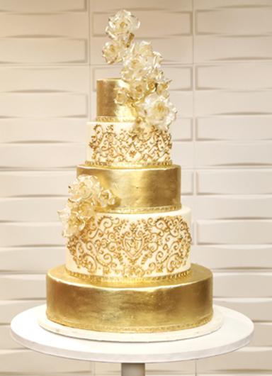 amazing wedding cake sugar wedding cakes cake alchemy 10700