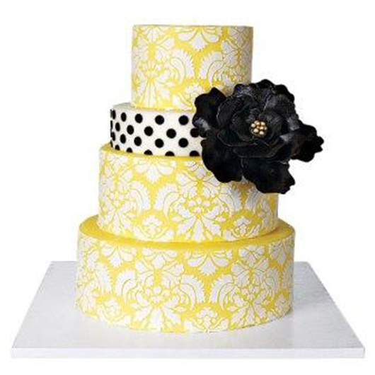 "NY-Mag-Cakes-3-Damask-Cake-With-Edible-""Brooch""-by-Cake-Alchemy..jpg"