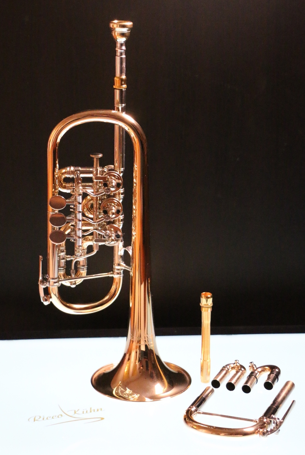 Technical data  bell gold brass 120mm (4.72 in) exchangeable leadpipe bronze valves 2 water keys trigger at 3rd slide playable with optional D set as a high quality D trumpet