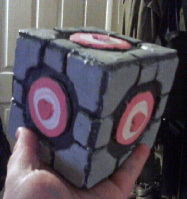 Here it is in all it's funky hand-made glory. The Ur-Cube.