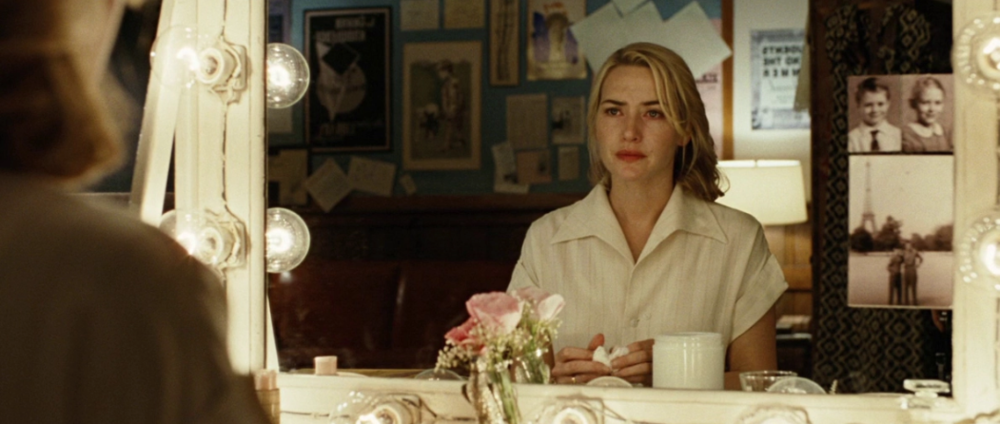 Kate WINSLET IN REVOLUTIONARY ROAD via FilMGRAB