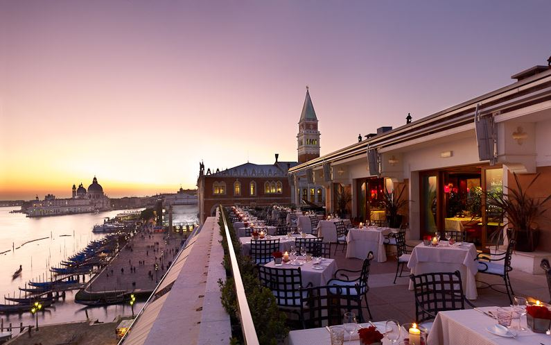 TERRAZZA DANIELI Most famous Venetian luxury hotel along with the Bauer, the Gritti, and the Regina. The restaurant proposes a menu of classic Italian and international specialties!  You can have a drink with delicious cocktails to enjoy the stunning view of the terrazza.