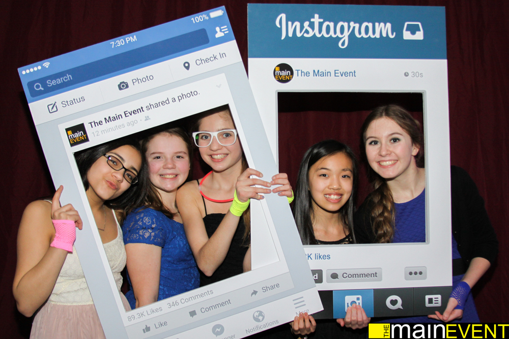The Main Event's Instagram and Facebook props are perfect for Mitzvahs