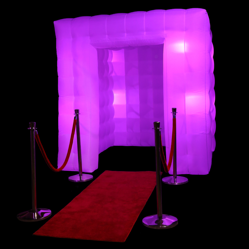 inflatable cube photo booth thumbnail