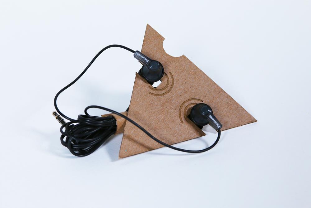 echo_headphones_out.jpg