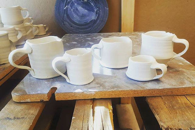 Tall mugs, short mugs, footed mugs, single shots, double shots.. I like coffee  #woodfiredpottery #porcelain #coffee