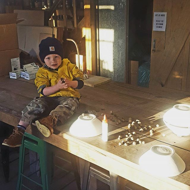 Loading the #woodfiredpottery kiln today! Got some good help with wadding!!