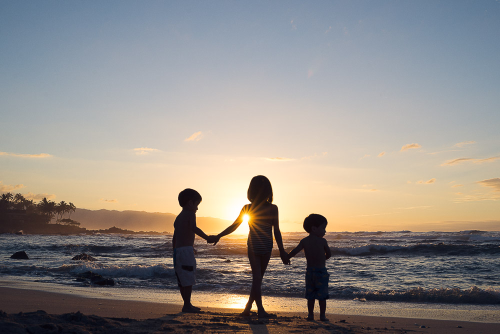oahu sunset family