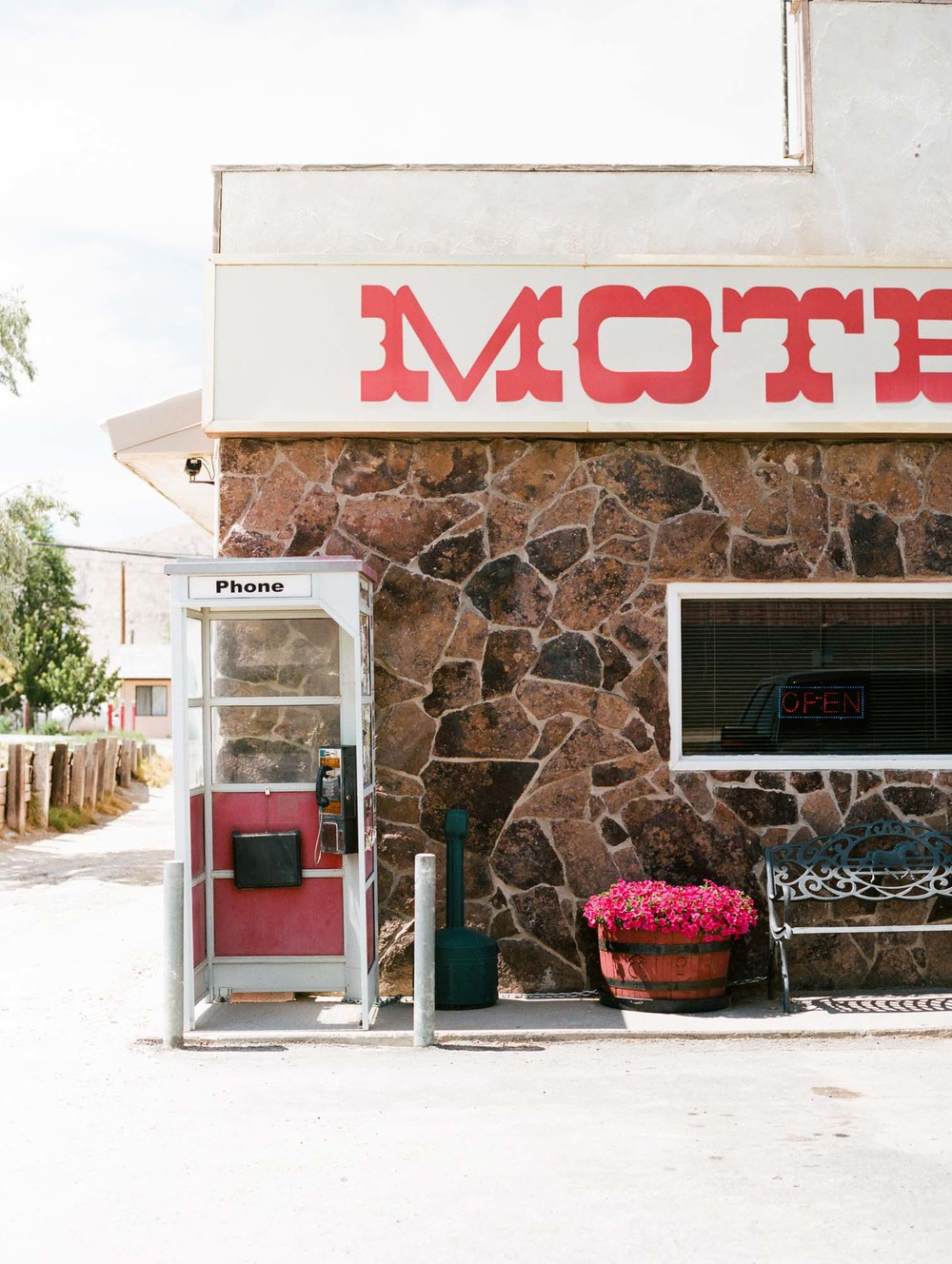 motel alturas california