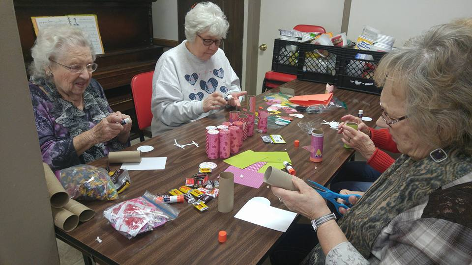 Valentine crafts at Table Rock Senior Center