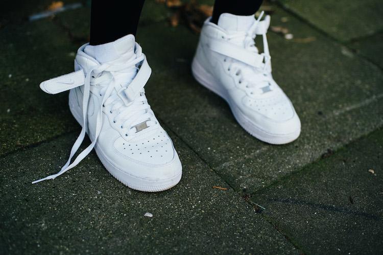 Nike Air Force 1 Weiß Angezogen