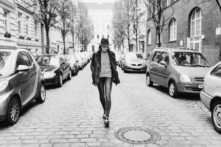 black_and_white_outfit_post_fridafridafrida_nils_hasenau_mindt_fashion_blog_1