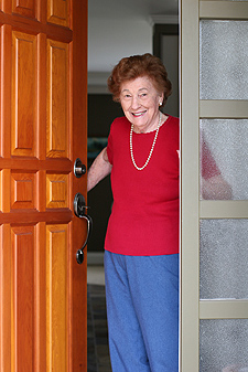 web-senior-lady-doorway